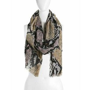 💥30% off bundles💥 Snake print scarf